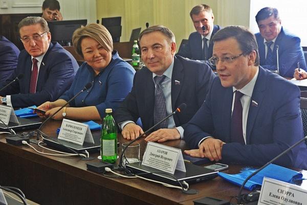 Воронежский сенатор принял участие в судьбе строителей БАМа