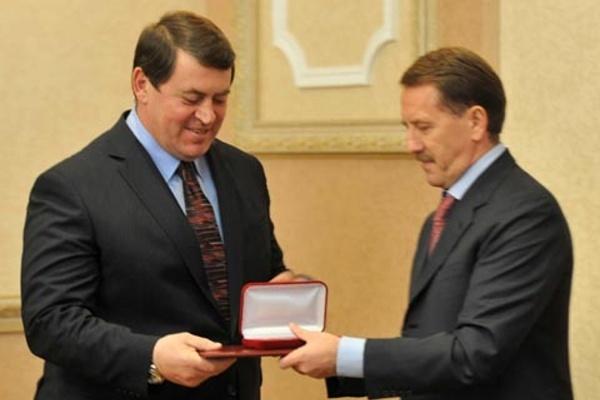 Воронежский губернатор не хочет тонуть со своим первым заместителем