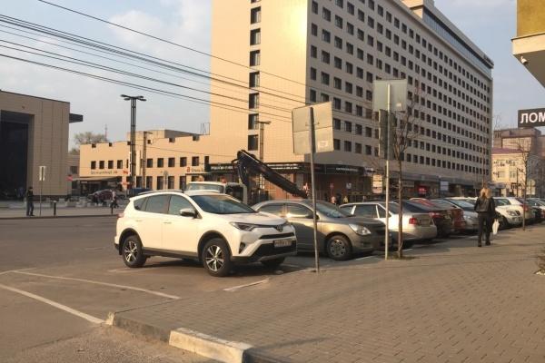 Облсуд в апелляции отклонил вторую жалобу мэрии Воронежа по делу о неоплате парковки