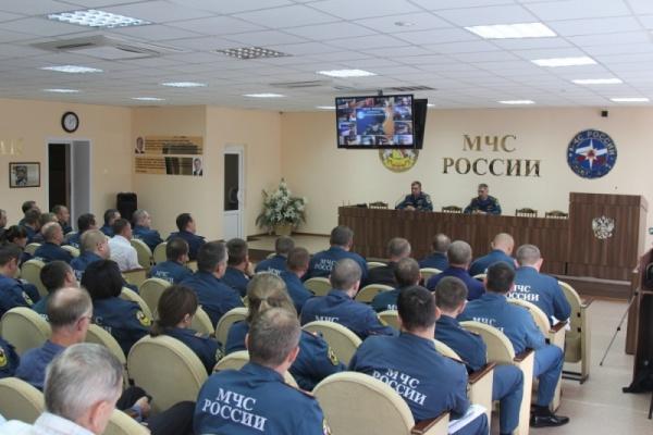 Воронежским спасателям показали нового начальника