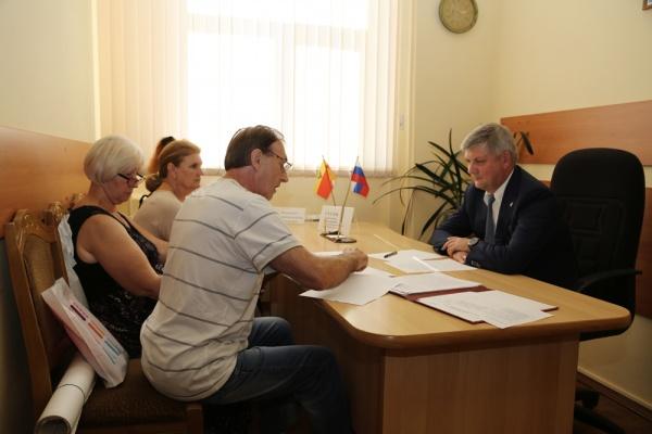 Воронежский мэр отказал предпринимателям «Остужевского» мини-рынка