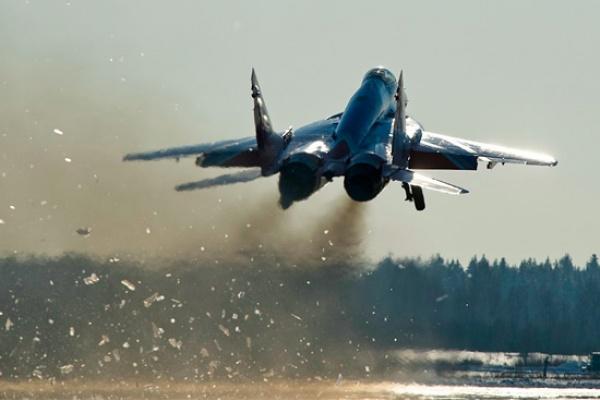 20 истребителей поднимутся в небо над Воронежем