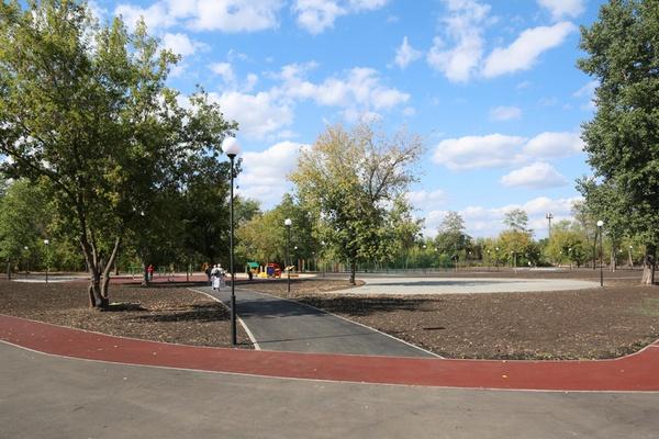 Основные работы по благоустройству парка воронежского «Мостозавода» завершат в октябре