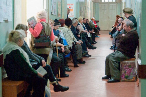 За лечение воронежских стариков станут платить больше