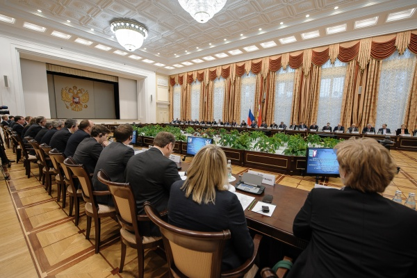 Вворонежском отеле Алексей Гордеев подчеркнул, как лучше говорить снемцами