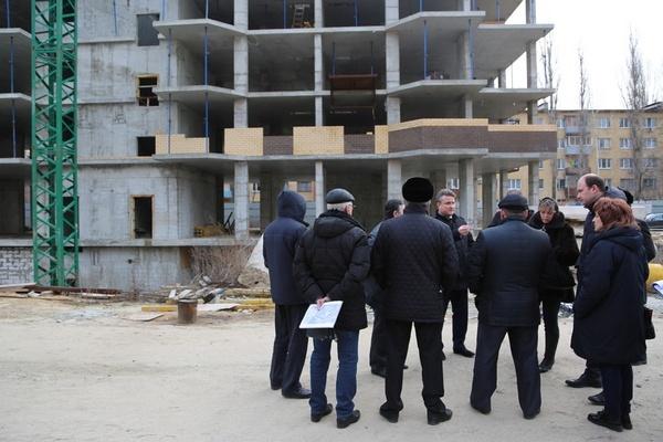 Конец скандала: домом на Ленинском проспекте займется воронежский ДСК
