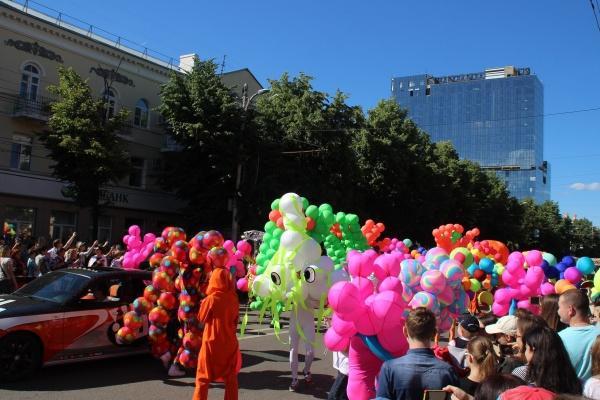 В Воронеже на костюмы для парада Платоновфеста потратят 1,3 млн рублей