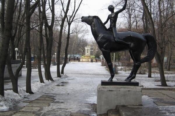 Воронежский парк стал полем постоянных экспериментов