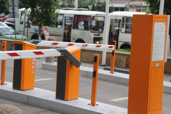 Власти рассказали о способах оплаты парковок в центре Воронежа