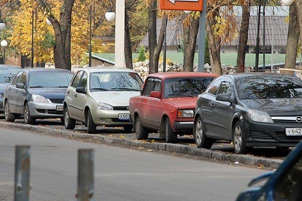 Платные парковки в центре Воронежа в этом году не появятся