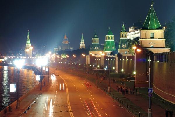 В Воронеже с кризисом борются днем, а в Москве – ночью