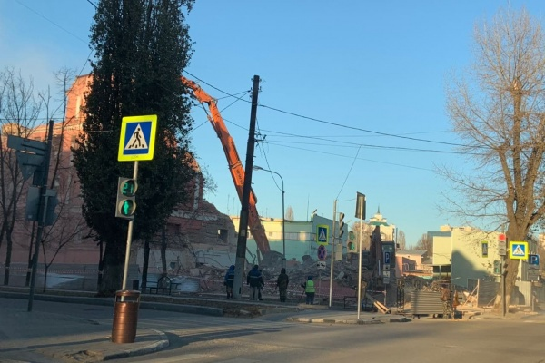 Региональный СК организует проверку по сносу хлебозавода в Воронеже
