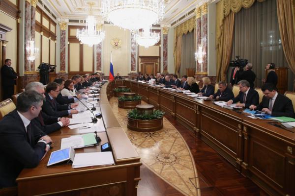 Воронежский губернатор попросил Медведева снизить нагрузку на региональный бюджет