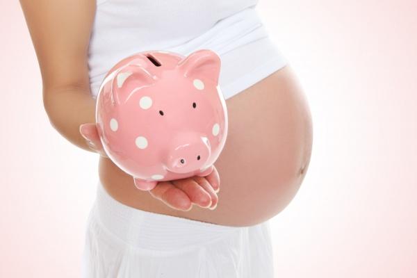 Воронежские мамы теперь получают на уход за ребёнком на 200 рублей больше
