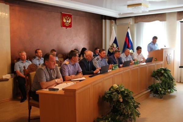 Воронежским правоохранителям коммуналка оказалась не по зубам