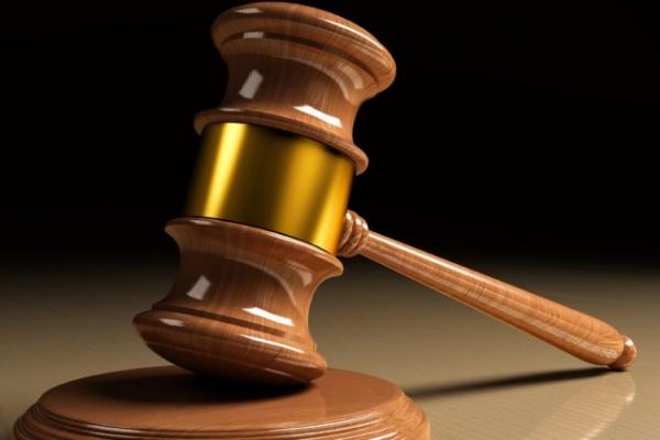 Экс-полицейский, избивший двух коллег, судился с Главком