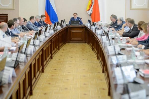 Воронежский губернатор нашел виновных в недостаточном промышленном росте