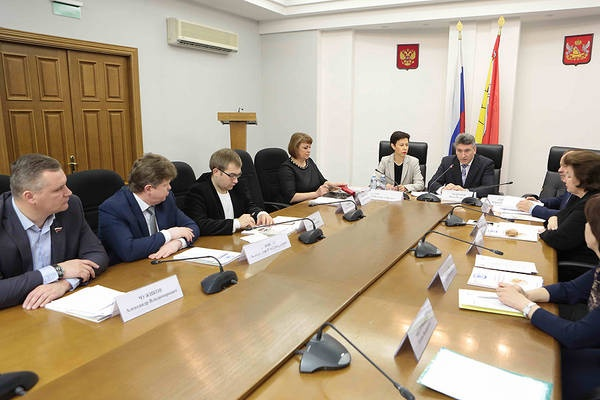 Депутаты Воронежской облдумы проявили онконастороженность