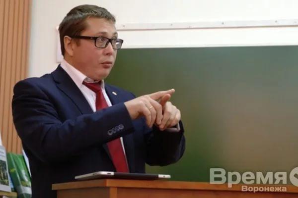 Дмитрий Ендовицкий: «Мест в воронежских вузах вдвое больше, чем выпускников школ»