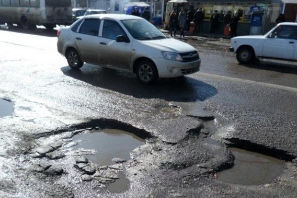 В Воронежской области экстренно и не всегда качественно чинят дороги