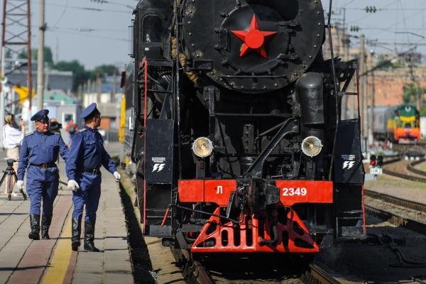 «Экскурсионный ретропоезд из Воронежа в Рамонь ‒ это испанский стыд»