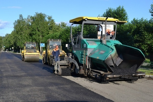 Власти распределили контракты на ремонт дорог под Воронежем
