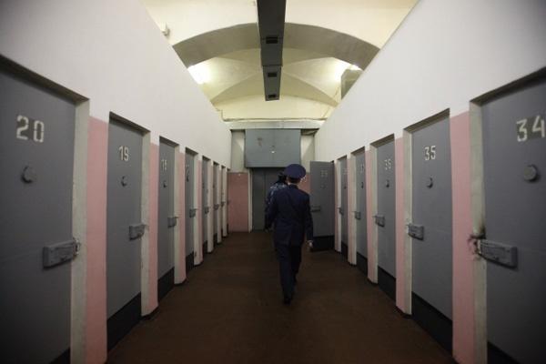 Больных воронежских заключенных, возможно, станут отпускать умирать домой