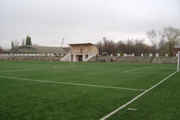 В Воронеже два муниципальных стадиона закроют на реконструкцию