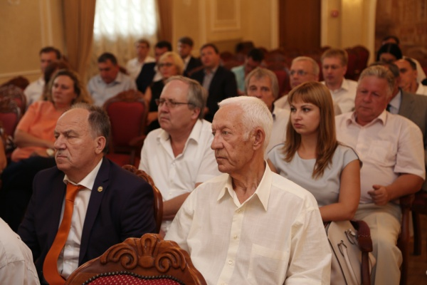 В Воронеже борются с бюрократией при оформлении документов на строительство