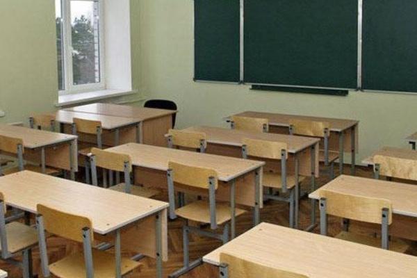 Летние каникулы воронежских школьников могут закончиться в октябре