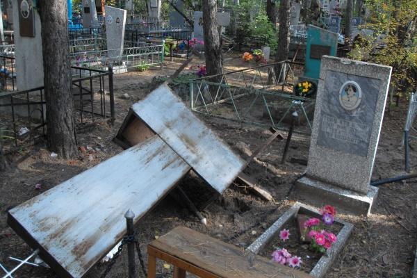 Воронежские кладбища находятся под постоянной угрозой