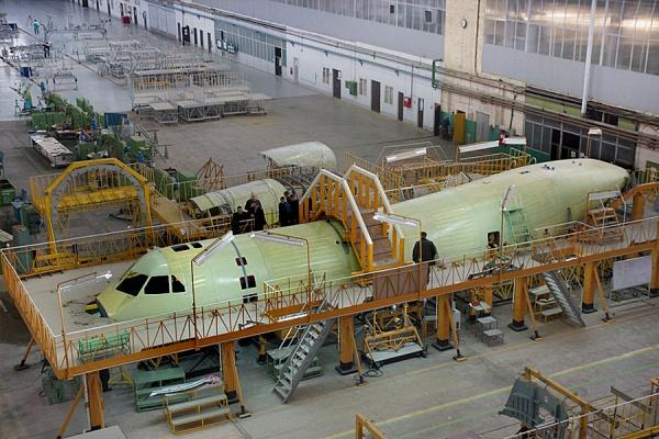 Воронежские авиастроители завершают сборку военно-транспортного самолета