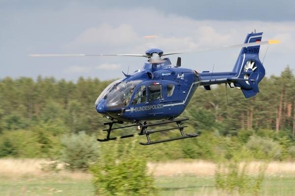 Воронежские власти ищут новых вертолетчиков для медицины катастроф