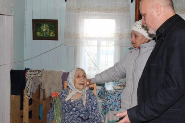 Областные власти затягивают решение жилищной проблемы воронежского ветерана
