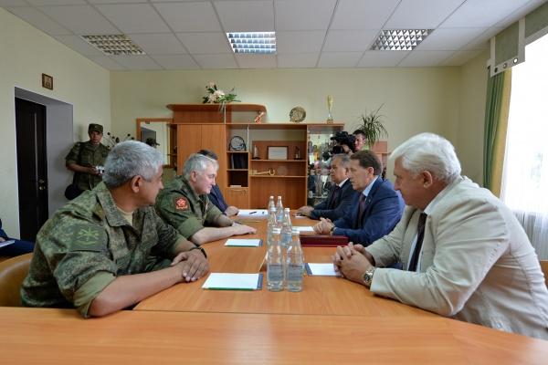 Воронежский губернатор видит выгоду в сотрудничестве с военными
