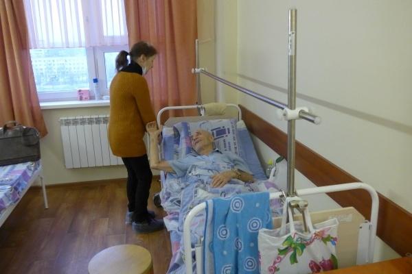 Воронежским врачам, которые отказывают в бесплатной помощи, придётся раскошелиться