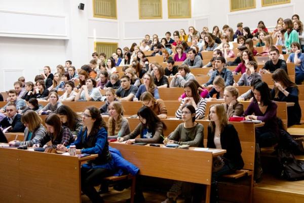 Советник министра образования одобрил объединение воронежских вузов
