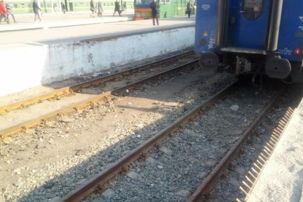 Воронежские железнодорожники ведут борьбу с паводком