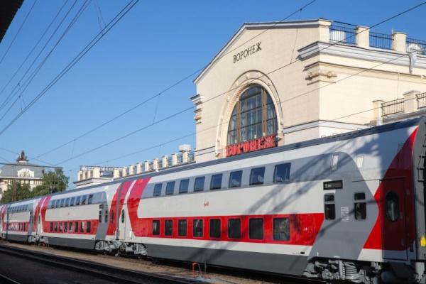 В воронежских двухэтажных поездах появились спецвагоны