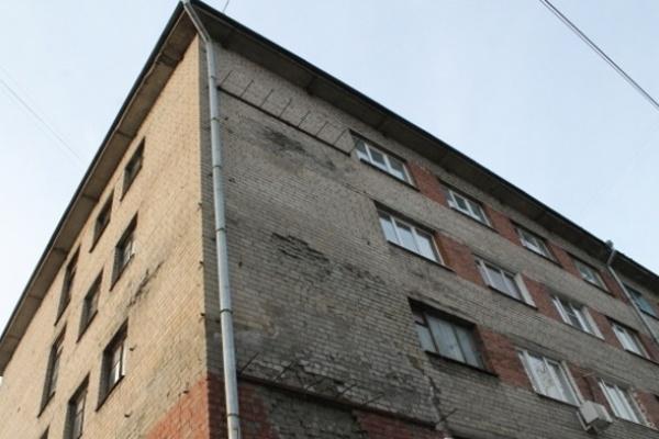 Воронежцы жалуются депутатам на навязанные застройщиком УК