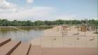 Под Воронежем продолжается благоустройства парка в Богучаре