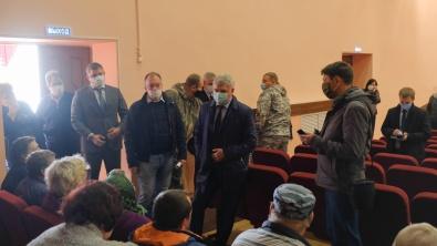 Воронежский губернатор встретился с погорельцами села Николаевка