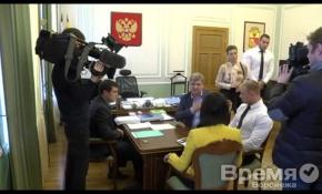 В мэрию Воронежа ввалились НТВ-шники с «Контрольным звонком»